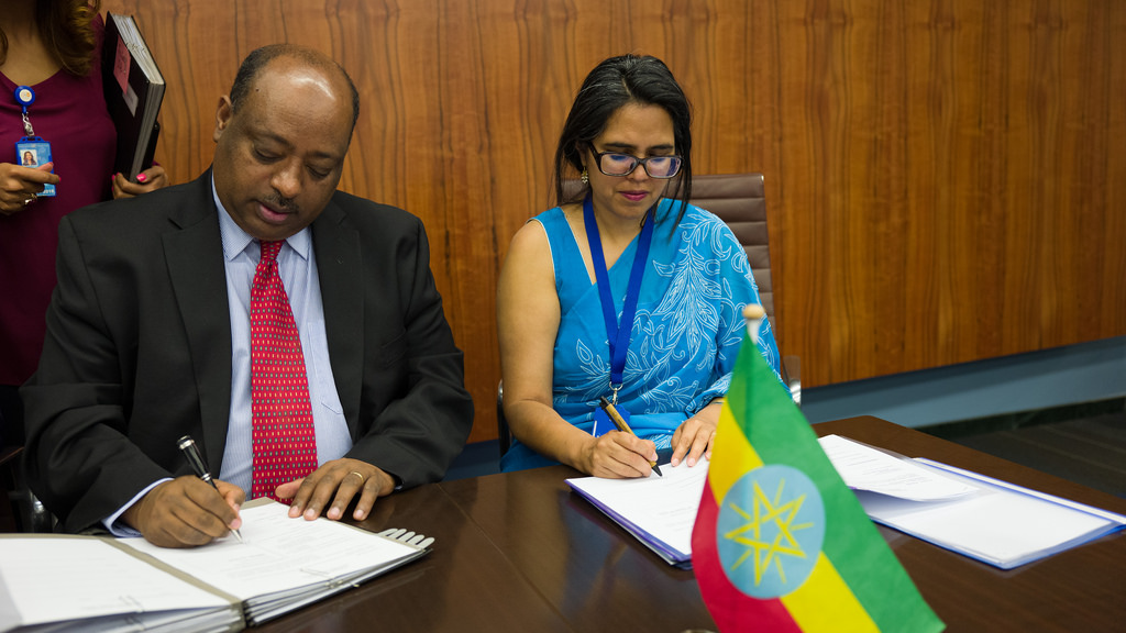 UNICEF Signs Ethiopian Fiscal Year 2010 Work Plans with Government